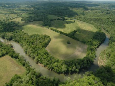 455 Acre River Bend Farm : Columbia : Maury County : Tennessee