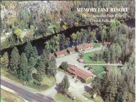598 Us141 Mls #1051900 : Crystal Falls : Iron County : Michigan