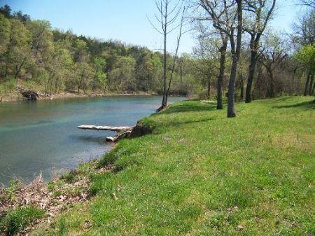 Home On Crooked Creek : Yellville : Marion County : Arkansas