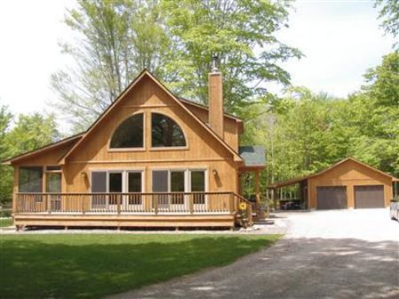 Cedar Cabin With Guest Bunkhouse : Manistee : Manistee County : Michigan