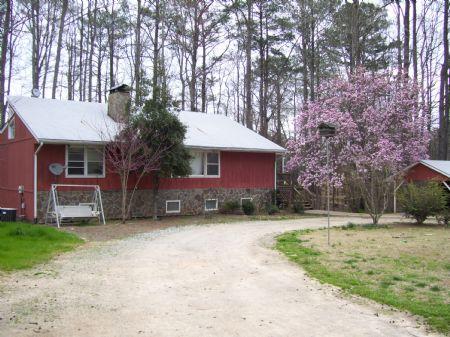 Private County Living : Carlton : Oglethorpe County : Georgia