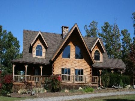 Secluded Country Log Home : Covington : Alleghany County : Virginia