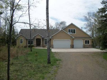 270 Maggie Lakes Tr  Mls #1050999 : Crystal Falls : Iron County : Michigan