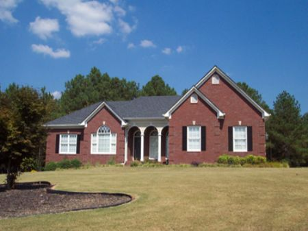 10.66 Acres Adcock Rd & Brick Home : Adairsville : Bartow County : Georgia