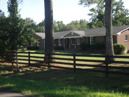 9+ Acres With Barn, In-ground Pool : Good Hope : Walton County : Georgia