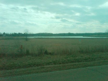 103.3 Acres With Home : Starkville : Oktibbeha County : Mississippi