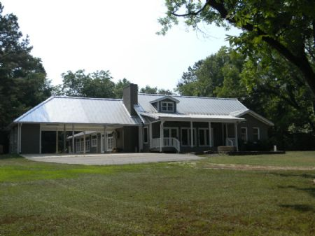 Lodge & 167 Acres : Fitzpatrick : Bullock County : Alabama