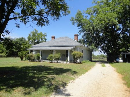7 Acres With Nice Country Home : Sparta : Hancock County : Georgia