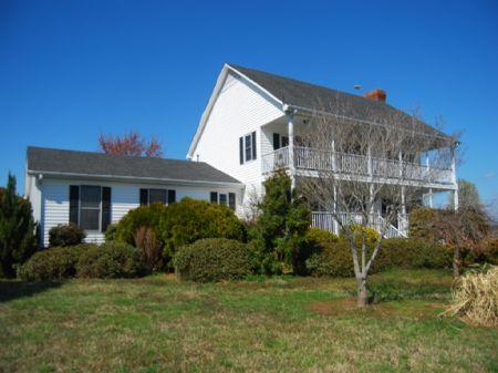 42.35 Acres With Farmhouse : Inman : Spartanburg County : South Carolina