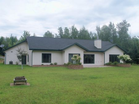 Amazing Home On 5ac In Sugar Camp : Sugar Camp : Oneida County : Wisconsin