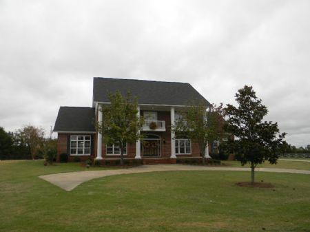 Stunning Home On 50 Acres : Wetumpka : Elmore County : Alabama