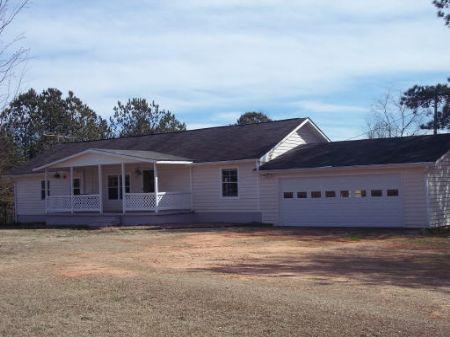 Mini Farm On 6 Acres : Scial Circle : Walton County : Georgia