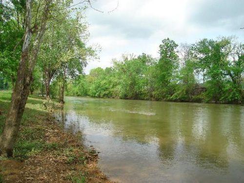Buffalo River Frontage : Waynesboro : Wayne County : Tennessee
