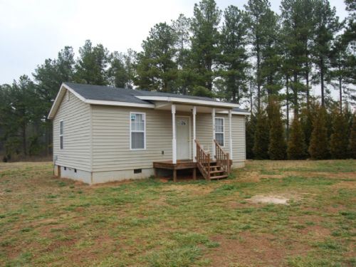 Bungalow With 6.54 Acres : Inman : Spartanburg County : South Carolina