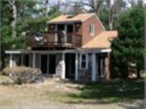 8 Acres Cottage Style Waterfront : Mountain Top : Luzerne County : Pennsylvania