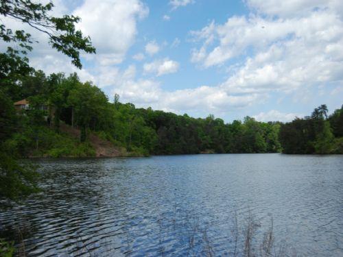 7.5 Acre Waterfront Homesite : Inman : Spartanburg County : South Carolina