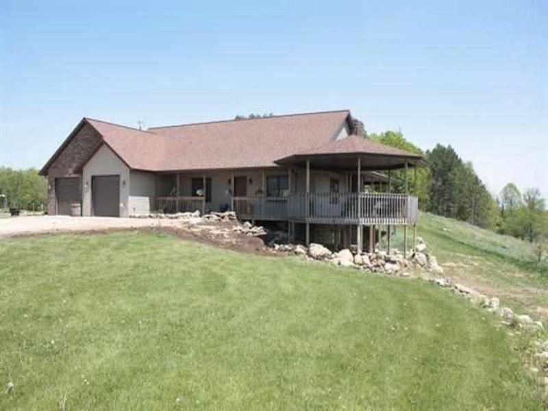 W3592 County Road 374 Mls #1073943 : Nadeau T : Menominee County : Michigan
