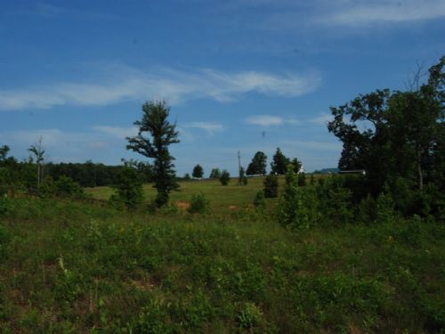 13.83 Acres In Equestrian Community : Landrum : Greenville County : South Carolina