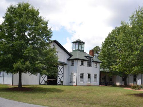 Madison Equestrian Center-23 Stalls : Madison : Morgan County : Georgia