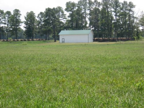 48 Ac. Fenced Pasture,pond, & Barn : Cave Springs : Floyd County : Georgia
