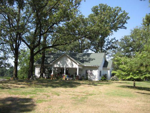 Farmland : Toccoa : Stephens County : Georgia