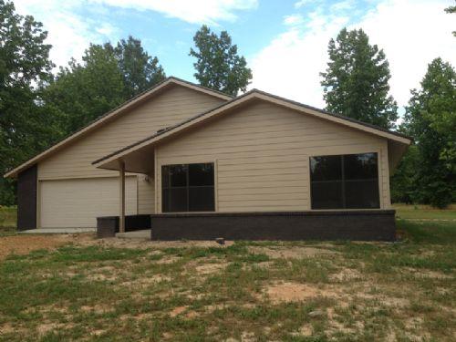Rattan Landing Home And 17.4 Acres : Rattan : Pushmataha County : Oklahoma