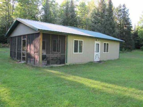 N8060 M-95    Mls #1068022 : Iron Mountain : Dickinson County : Michigan
