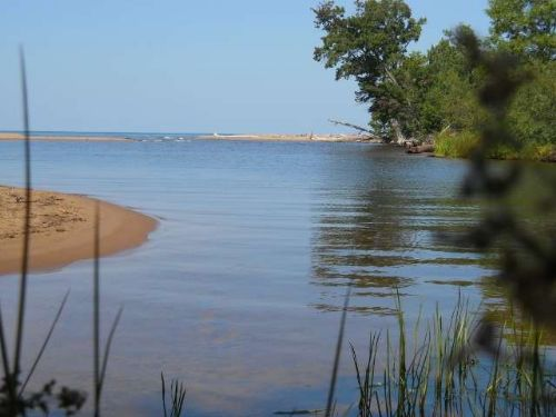 Tbd Lakeshore Dr.  Mls #1068375 : Ontonagon : Ontonagon County : Michigan