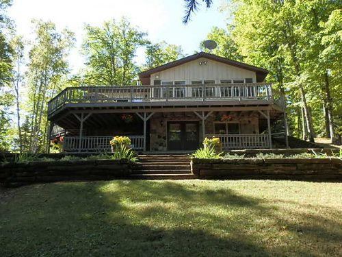 Gorgeous French Lake Home : Sherman : Iron County : Wisconsin