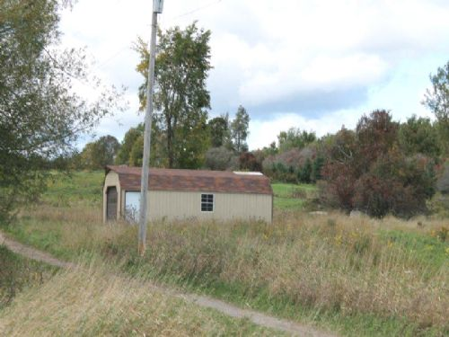 6 Acres Shed Great Building Site : Hermon : Saint Lawrence County : New York