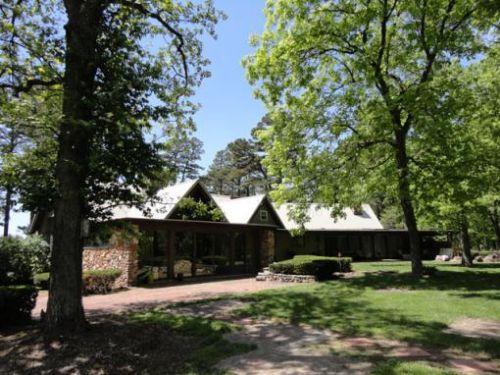 Premier Retreat & Bison Ranch : Potosi : Washington County : Missouri