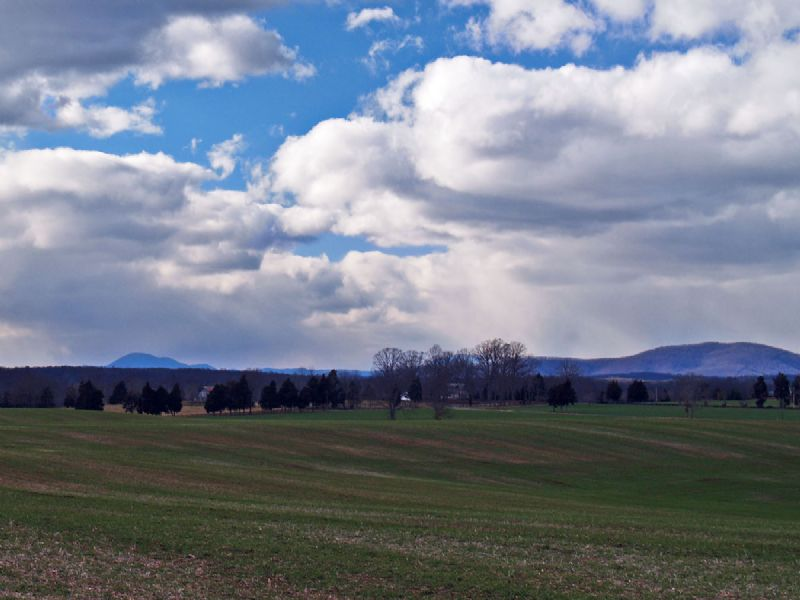 Spectacular Farmland : Scottsville : Albemarle County : Virginia