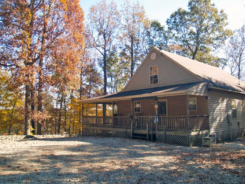Cabin Overlooking The James River : Norwood : Nelson County : Virginia