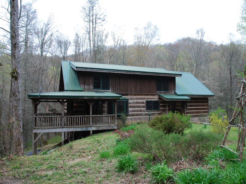 True Log Home On 52ac : Robbinsville : Graham County : North Carolina