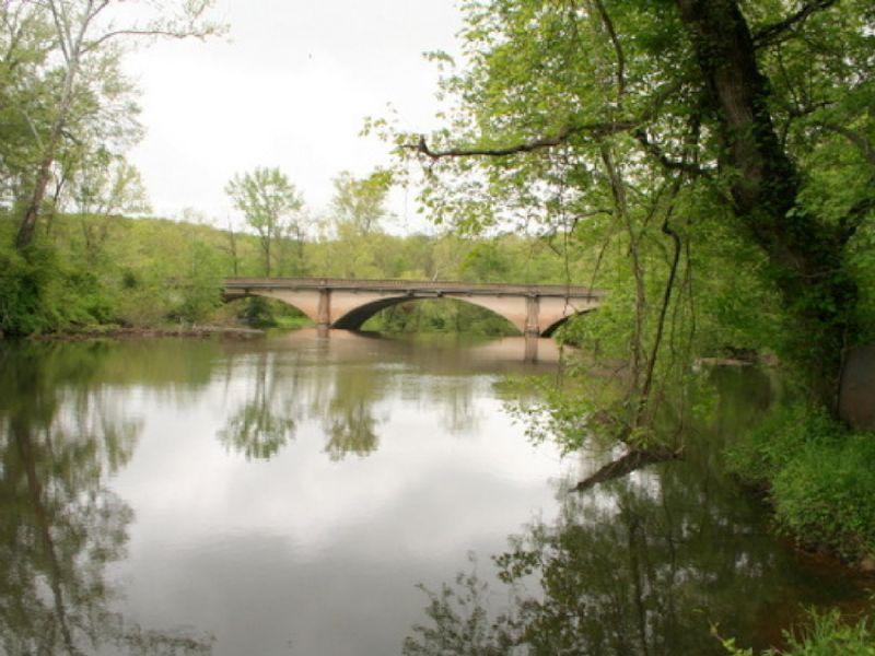 121.8 Acres On South Anna River : Ashland : Hanover County : Virginia