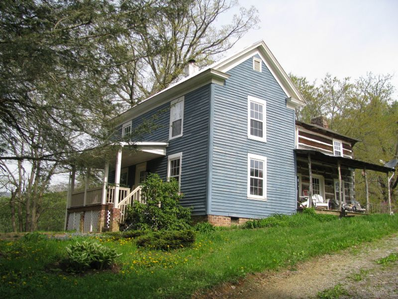 10 Acres W/farmhouse Blue Ridge Mt : Mouth Of Wilson : Grayson County : Virginia