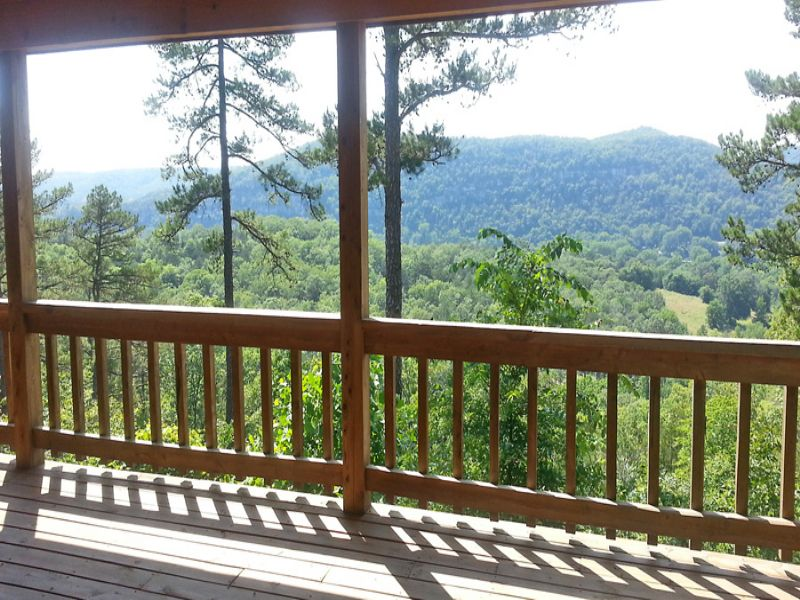 Home In White Mtn. View Estates : Melbourne : Izard County : Arkansas