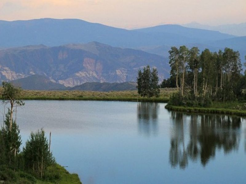 Hunting Fishing Ranch Near Vail Co : Sweetwater : Eagle County : Colorado