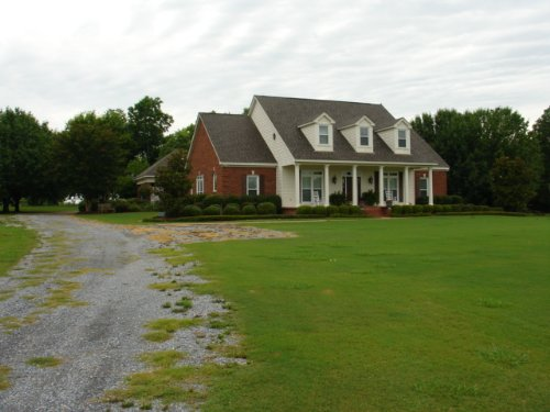 Estate Home With Acreage : Pike Road : Montgomery County : Alabama