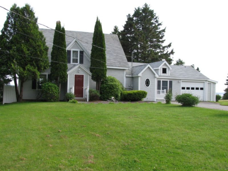 Cobscook Home With Ocean Frontage : Eastport : Washington County : Maine