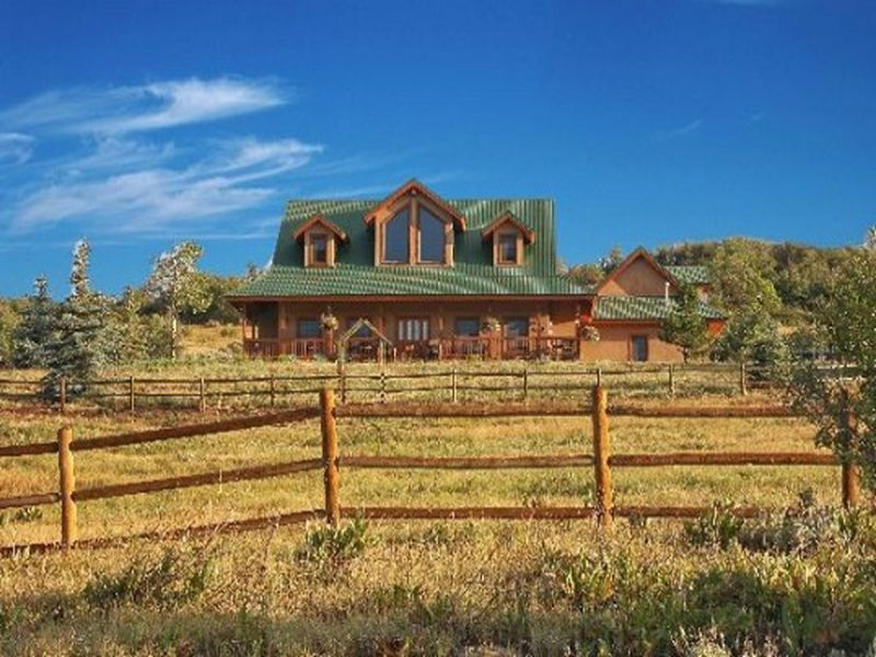 Colorado Hunting Acreage & Home : Collbran : Mesa County : Colorado