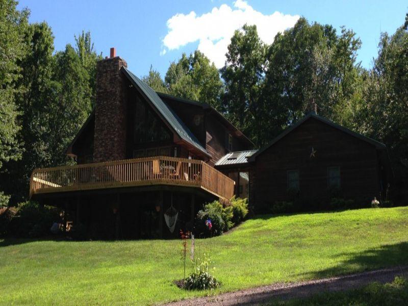 8 +/- Acres And Custom Cedar Home : Benton : Luzerne County : Pennsylvania