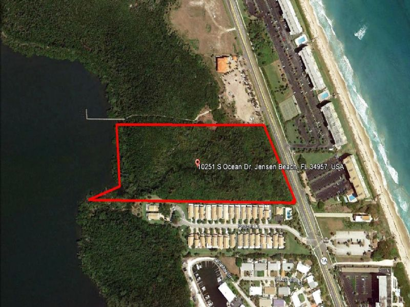 Bank Owned Auction  - Waterfront : Jensen Beach : Saint Lucie County : Florida