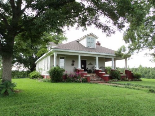 Farmhouse, Pasture, & Timber : Wadley : Randolph County : Alabama