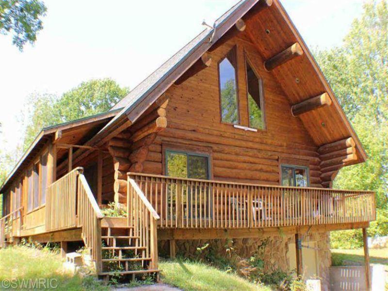 Hunters Lodge 160 : Tustin : Osceola County : Michigan