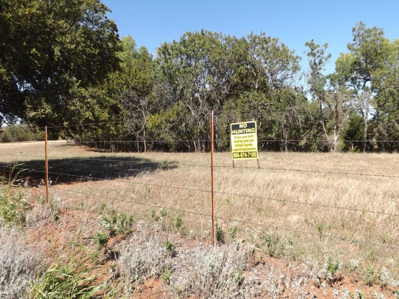 233± Acres, Grass, Ponds, Timber : Sayre : Roger Mills County : Oklahoma