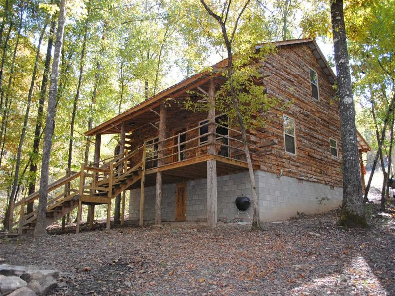 Cabin Adjoining Buffalo River : Harriet : Marion County : Arkansas