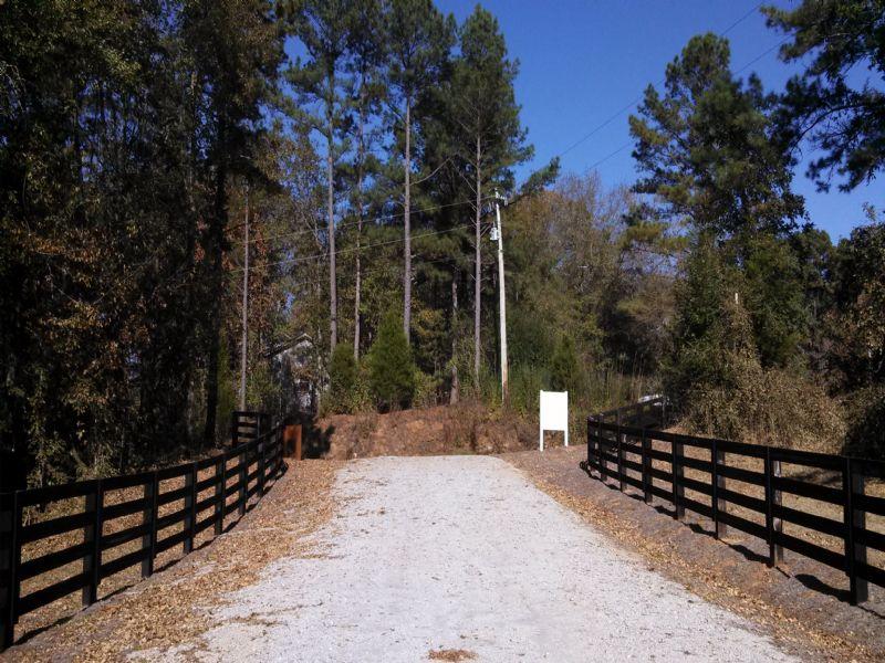Perfect Family Compound Or Estate : Newnan : Coweta County : Georgia