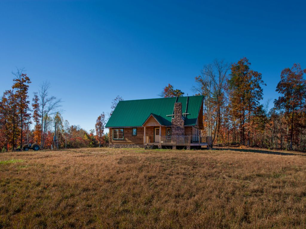 Cabin On 28.5 Acre Only $149,900 : Grandview : Rhea County : Tennessee