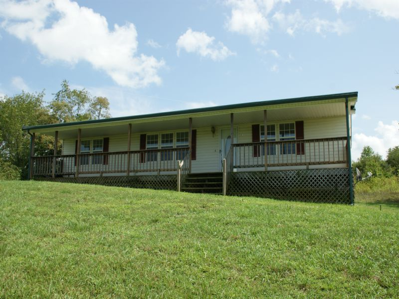 3 Bed 2 Bath On 16+ Acres : Speedwell : Wythe County : Virginia